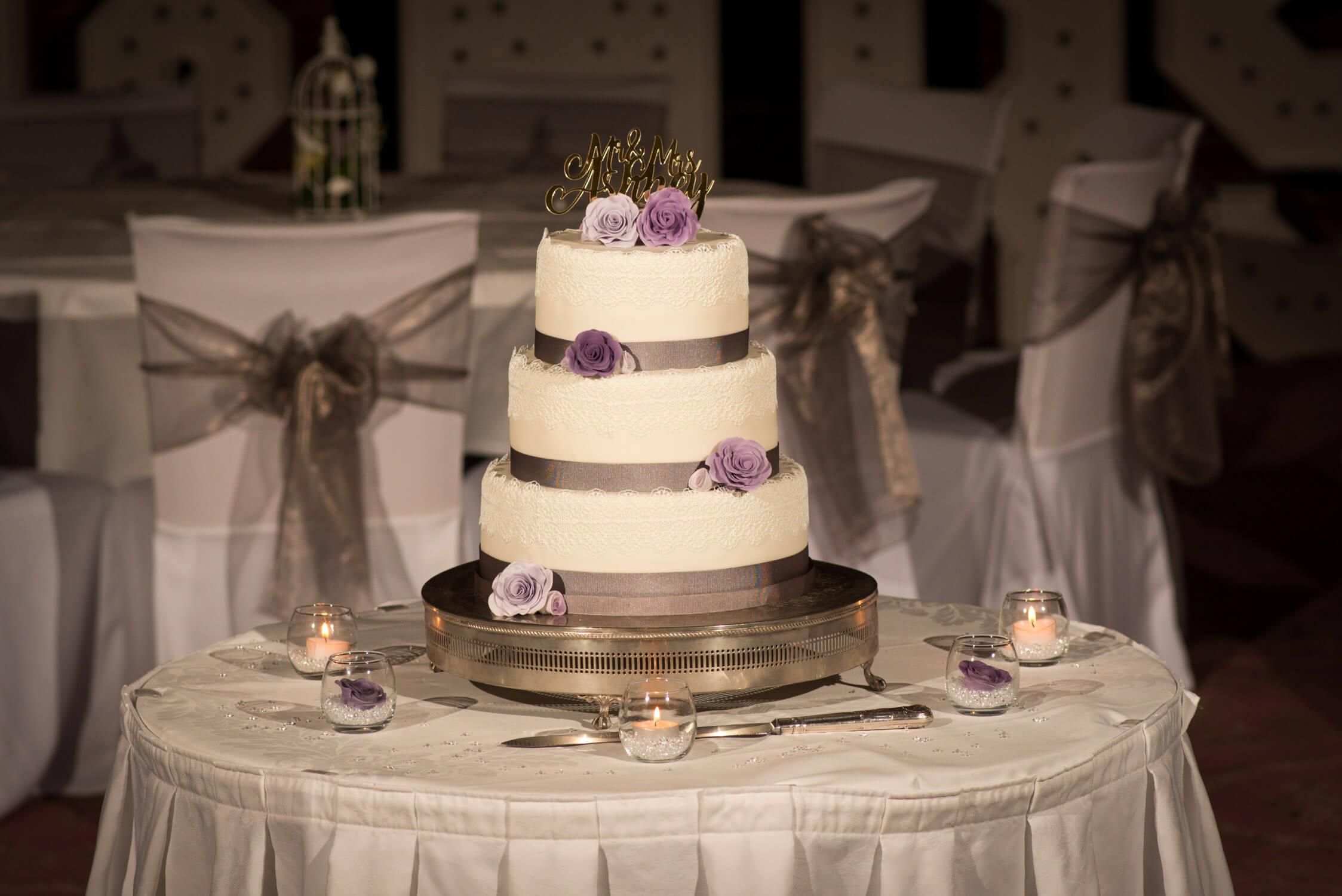 Wedding cake at Tylney Hall